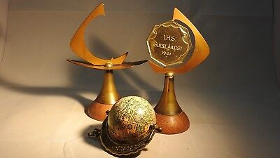 Awards Trophies 5 Tropies & Globe Of Earth Parts Of Tropies Wood Plaques Statue