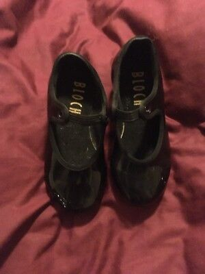 Toddlers Size 8 Black Tap Shoes .. BLOCH..