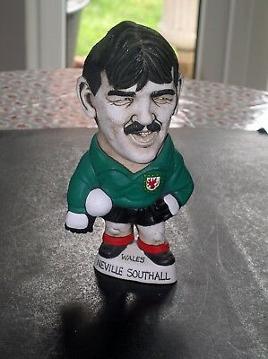 "Rare Groggs 9"" Hollow Neville Southall Excellent Condtion"