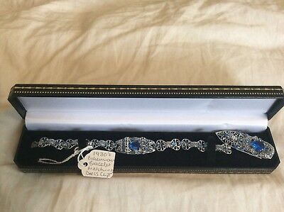 Antique 1930s Art Deco Bracelet with Blue Crystals