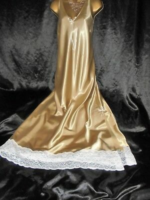 Stunning vtg silky satin nightie dress slip negligee nightdress  62 long