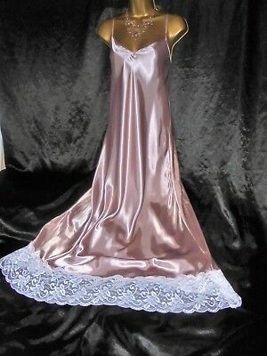Stunning vtg silky satin nightie dress slip negligee nightdress  57 long