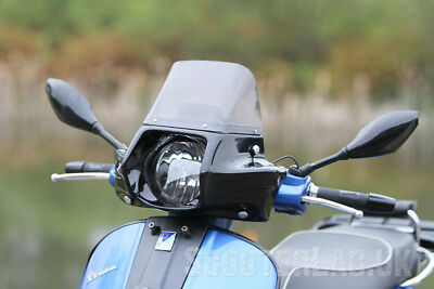 SLUK Vespa GTS 125/250/300 Driver screen with Tech tray - Carbon