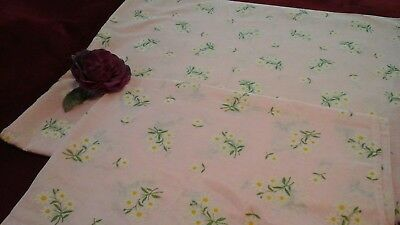 Vintage Flocked Dotted Swiss Fabric White Dots & White Daisies Yellow Ctrs Prec
