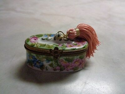 Limoges France Peint Main Floral W/tassel Pill Or Trinket Box