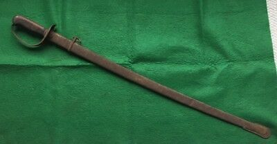 WW2 Era Japanese Type 32 Cavalry Sword with Matching Numbers on Sword / Scabbard