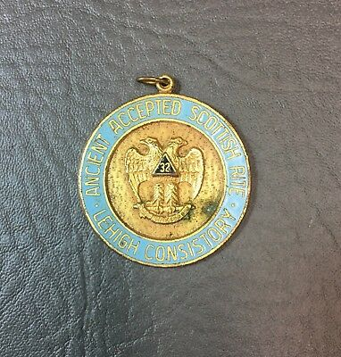 Antique Freemasons Masonic Scottish Rite Lehigh Consistory Medallion 32nd Degree