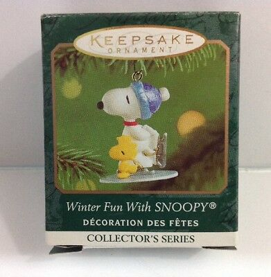 2001 Hallmark Winter Fun With Snoopy Ornament Miniature Keepsake Skating #4 NEW!