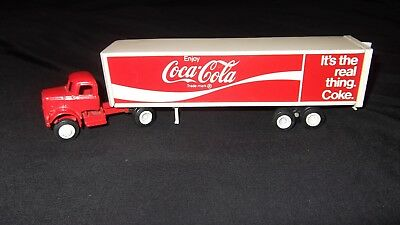 """Coca Cola Truck Trailer Winross """"IT'S THE REAL THING COKE"""" 1974 Semi Tractor"""