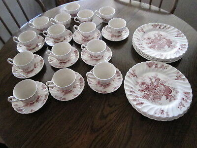 China Dishes 34 Pieces Staffordshire Bountiful   Red Fruit, Floral/basket