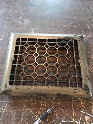 R 2 antique cast-iron heating grate face 9.75 x 11 and seven eights