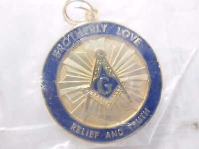 """Masonic """"Brotherly Love Relief And Truth"""" Medallion Pendant Charm"""