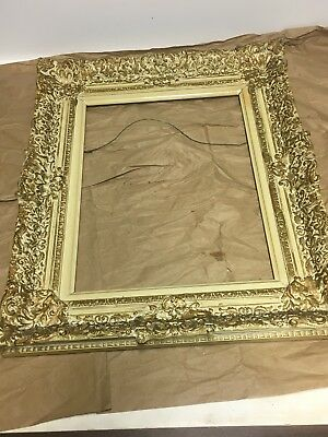 """Vintage Victorian Gesso On Wood 11 1/4"""" X 15 1/4 Picture Frame"""