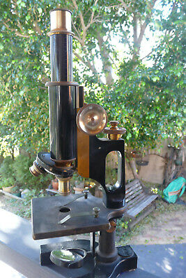 vintage Bausch & Lomb Optical Co. microscope in very good condition