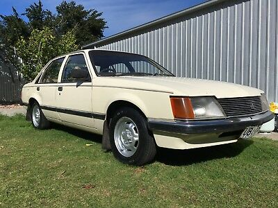 Holden Commodore VH SL 1982 project restoration car