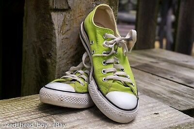 Women's Size 7 Converse Lime Green Low Top Canvas Shoes