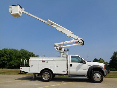 06 43' 4X4 Bucket Truck Boom Basket Lift Aerial Utility Service 4wd AC Altec