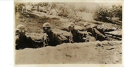 Vintage WW1 Press Photo~US Marines~Western Front~Hand Grenade Squad in Trench