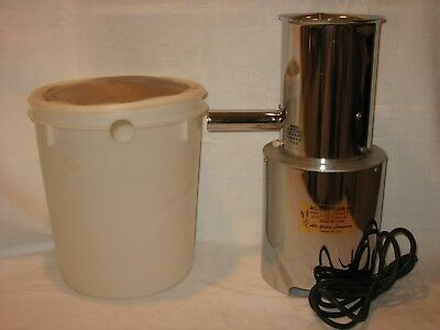 All-Grain Flour Mill Wheat Grinder Model A-33 With Bucket ~ Works! ~