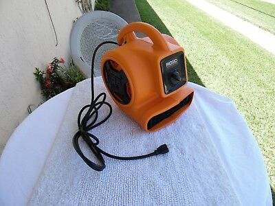 RIDGID 600 CFM Blower Fan Air Mover with Daisy Chain
