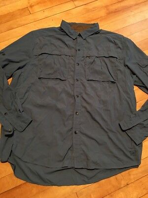 df86d17e37392 REI men XL Button Safari Shirt Vented Outdoor Fishing Roll sleeve Nylon Blue