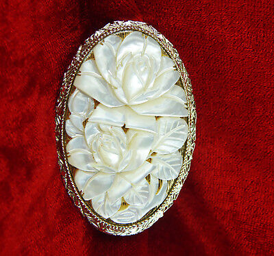 Exceptional Lipstick Holder With Carved Roses In Mother Of Pearl Shell