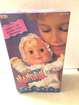 """1992 Galoob 3900 Luv N Handfull Doll In Box 13""""  Un Played With"""