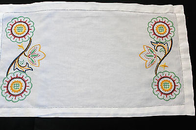 Vintage white linen table runner with hand embroidery.