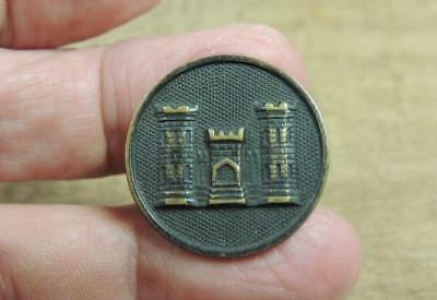 Nice Enlisted Engineers Collar Insignia Disc