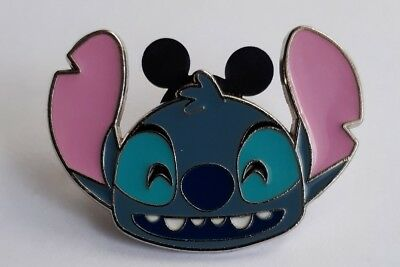 Disney Pin Trading Badge - Lilo and Stitch Head Laughing STITCH