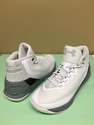 UNDER ARMOUR CURRY 3 Basketball Shoe White/metallic Silver Size 9 M