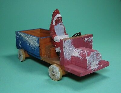 ANTIQUE SANTA CHRISTMAS TRUCK PAPERMACHE CANDY CONTAINER MADE i GERMANY 1930