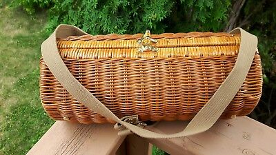 Picnic Time Wine Bottle Wicker Carrier Holder Strap Opener