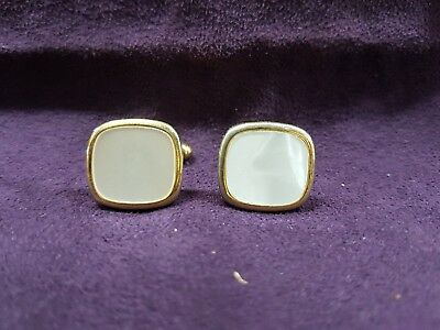 Vintage Cuff Links Mother Of Pearl Or Shell Look