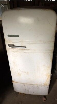 Antique Westinghouse 1940s Refrigeratorpart's or resto. Piece MUST GO ASAP!!