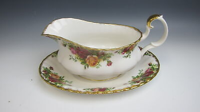 Royal Albert OLD COUNTRY ROSES Gravy Boat w/ Under Plate EXCELLENT