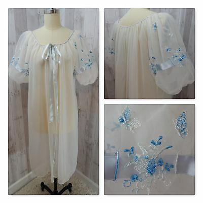 Vintage 1950-60s Nightgown Robe Peignoir White Nylon Embroidery Ribbon Lace M