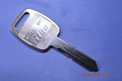Ilco B87 / K1994 keyblank for various Kenworth equiv to Silca GM25R