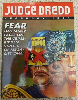 Judge Dredd Yearbook 1994 Unclipped Softback Fleetway 2000AD