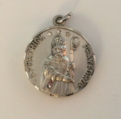Vintage Creed Sterling Silver St. Patrick Cathedral New York Medal Pendant