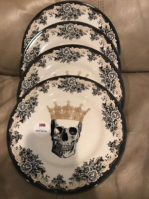 The Victorian English Pottery Skull Crown Halloween 4 Salad Dessert Plate Dishes