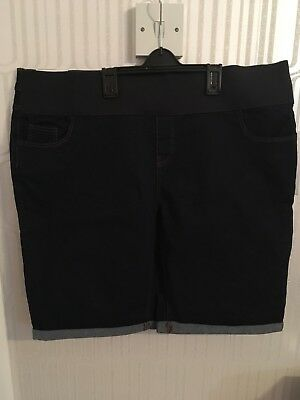 New Look Size 16 Under Bump Denim Maternity Shorts *BNWT*