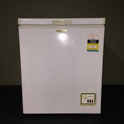 Centrex Chest Freezer - 150L White - Used