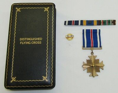 WW2 USN/USMC Distinguished Flying Cross With Case/Ribbon Bar
