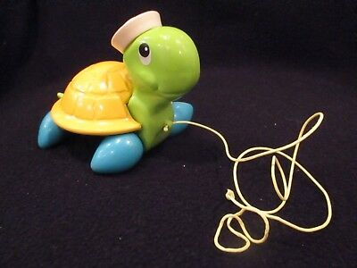 vintage 1977 fisher price tag along pull toy turtle #644
