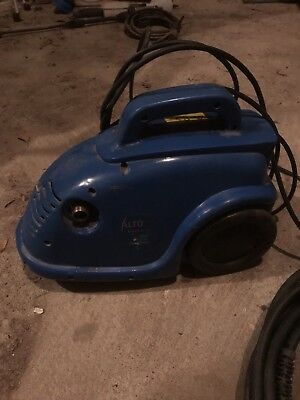 Alto pressure Cleaner With Accessories