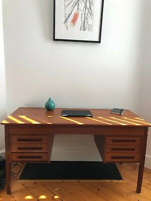 Mid century keyhole desk - Eames era Danish Scandinavian - good condition