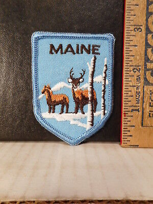 Maine Travel Souvenir Patch With Deer  817TB.