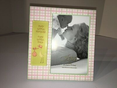 FETCO Tiny Little Fingers Baby Picture Frame for 4x6 Picture