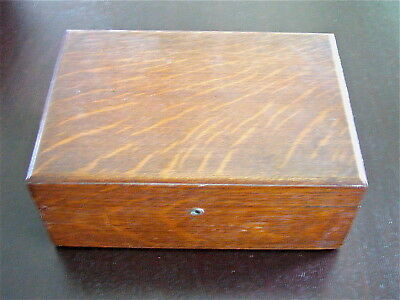 Antique Oak Humidor Metal Lined Cigar Box (White Oak Wood)
